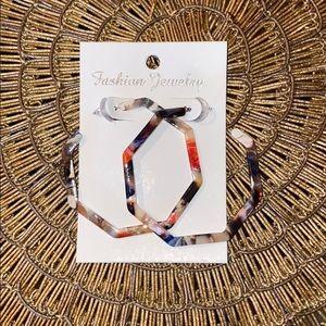 Resin hoop earrings 🍁